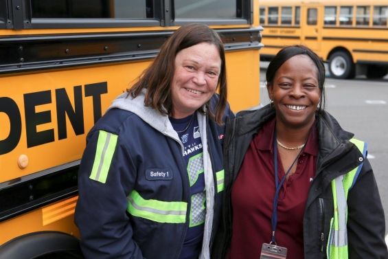 Drivers and Monitors at First Student Vote to Join the Teamsters